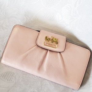 NEW W/0UT TAG COACH LEATHER MADISON WALLET PINK